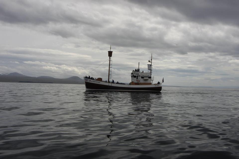 Båden i midten